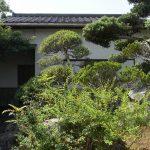 玄関の庭&離れ(外観)